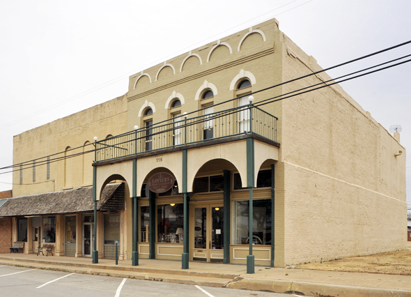 The Henrietta Growth Corporation will Purchase the Lawyers Building from Frank Douthitt.