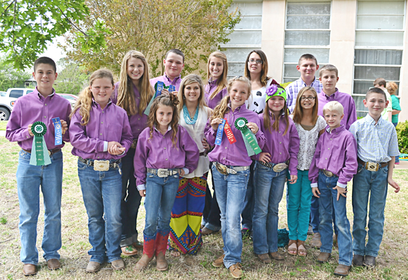 Participating in the District 3 4-H Roundup, Share the Fun, Horse Quiz Bowl and Beef Quiz Bowl were (front) Daniel Wimberley, Rexa Hand, Layten Graham, Kalico Burkes, Hand, Korri Franke, Bodee Franke, Holt Chambers, (back) Mikayla Graham, Marty Hand, Kasey Taylor, Josey Cleveland, Kayla Francisco, Conner Chambers and Ethan Franke (not pictured: Skee Burkes, Joe Moore and Nicci Moore).