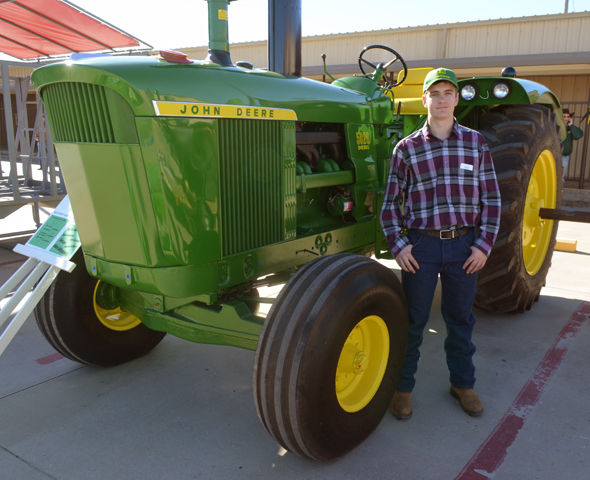 Tractor Restoration Projects : Tractor restoration wins grand for grunseich