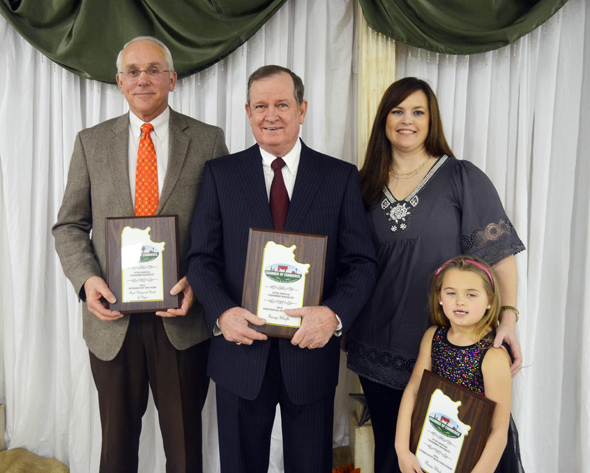 First National Bank of Byers, represented by Joe Parker, Jr., George Slagle, and The Pecan Shed of Henrietta, represented by Jill Montz and daughter Dotty.